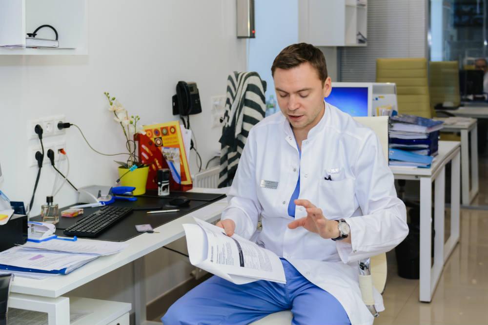 Врач-онколог в клинике Медицина 24/7